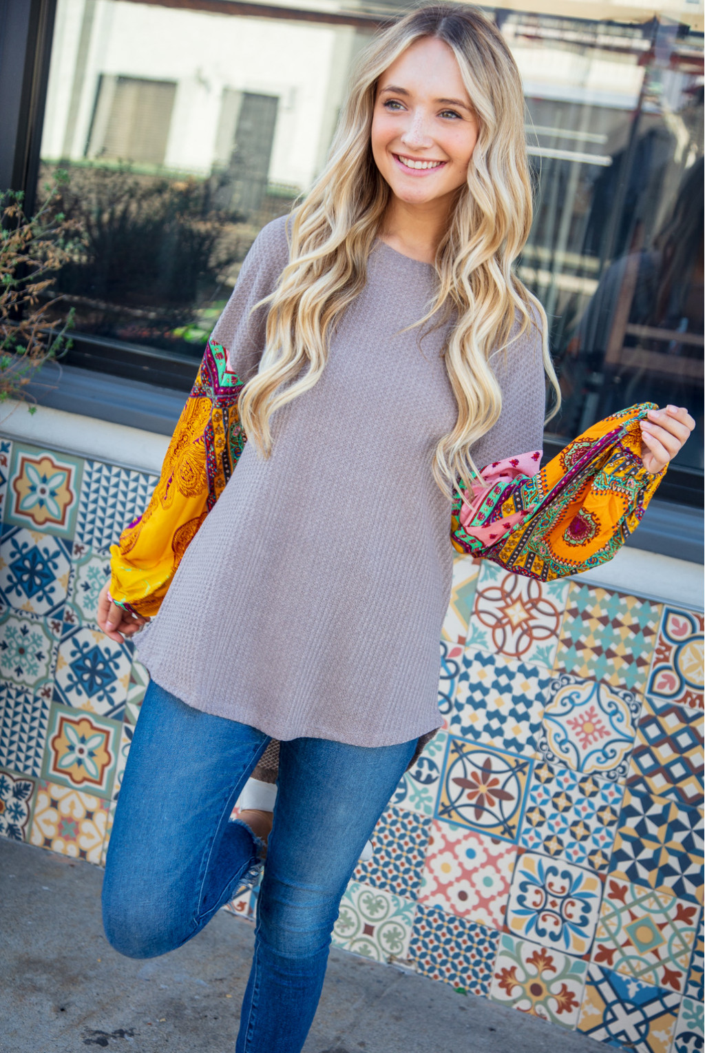 WAFFLE KNIT SWEATER WITH SCARF PRINT BELLE SLEEVES