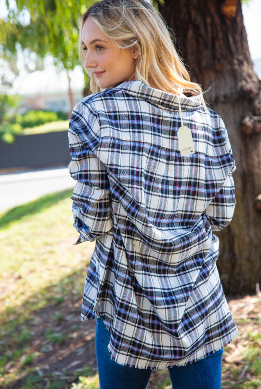LACE-UP DISTRESS FLANNEL TOP